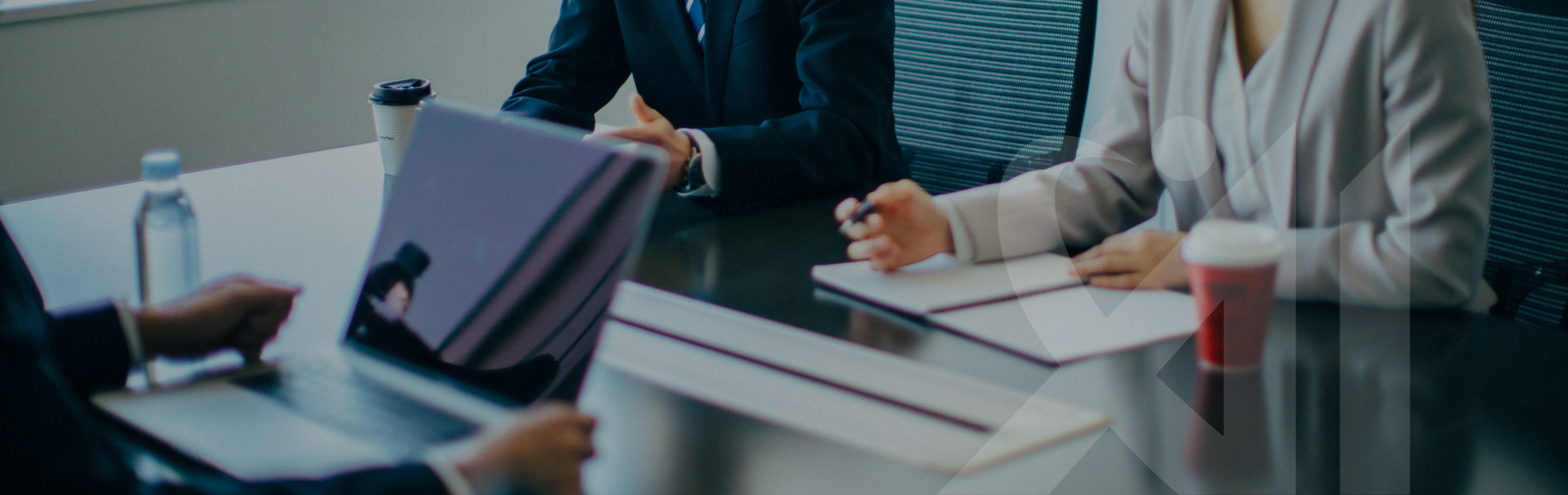 起業家税理士があなたの戦略を前面バックアップします
